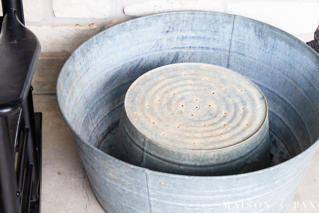 smaller galvanized tub inside a larger for porch planter | Maison de Pax