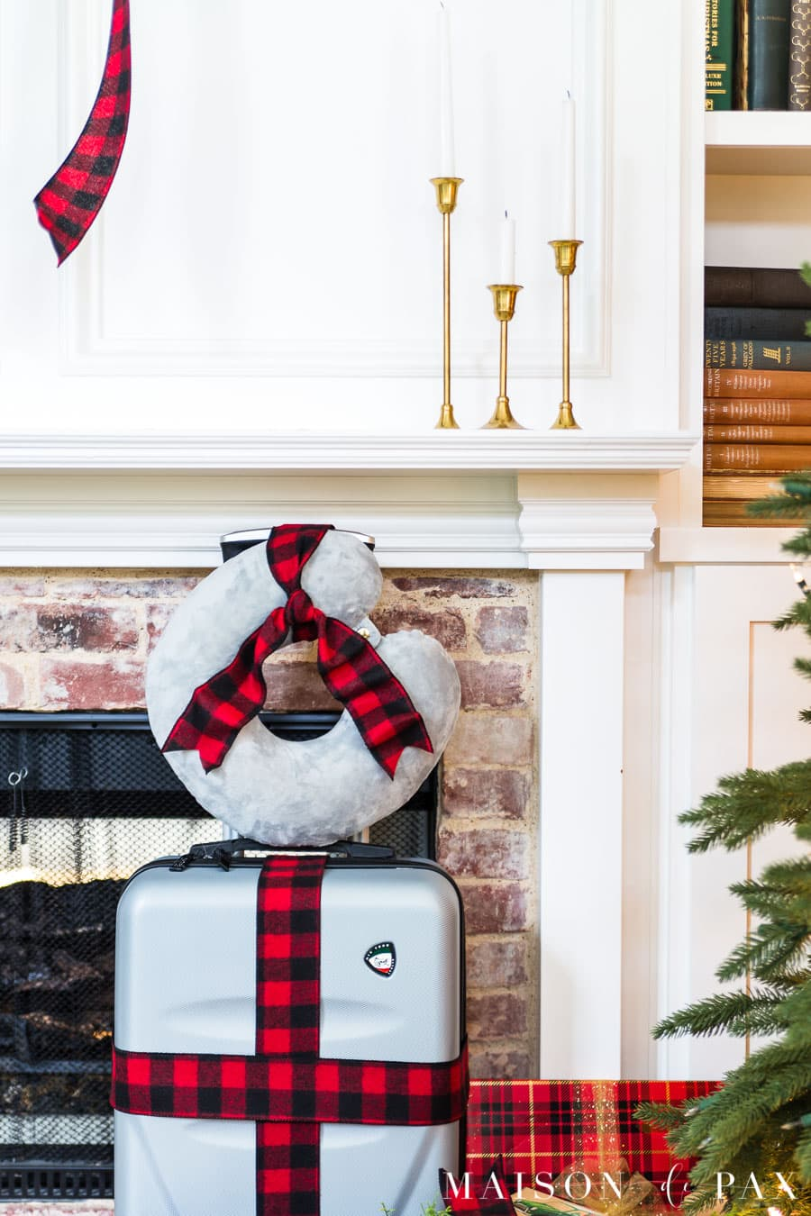 suitcase and neck pillow gift idea | Maison de Pax