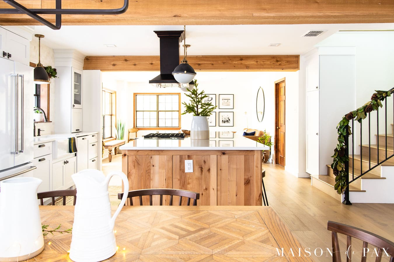 farmhouse kitchen decorated for Christmas | Maison de Pax