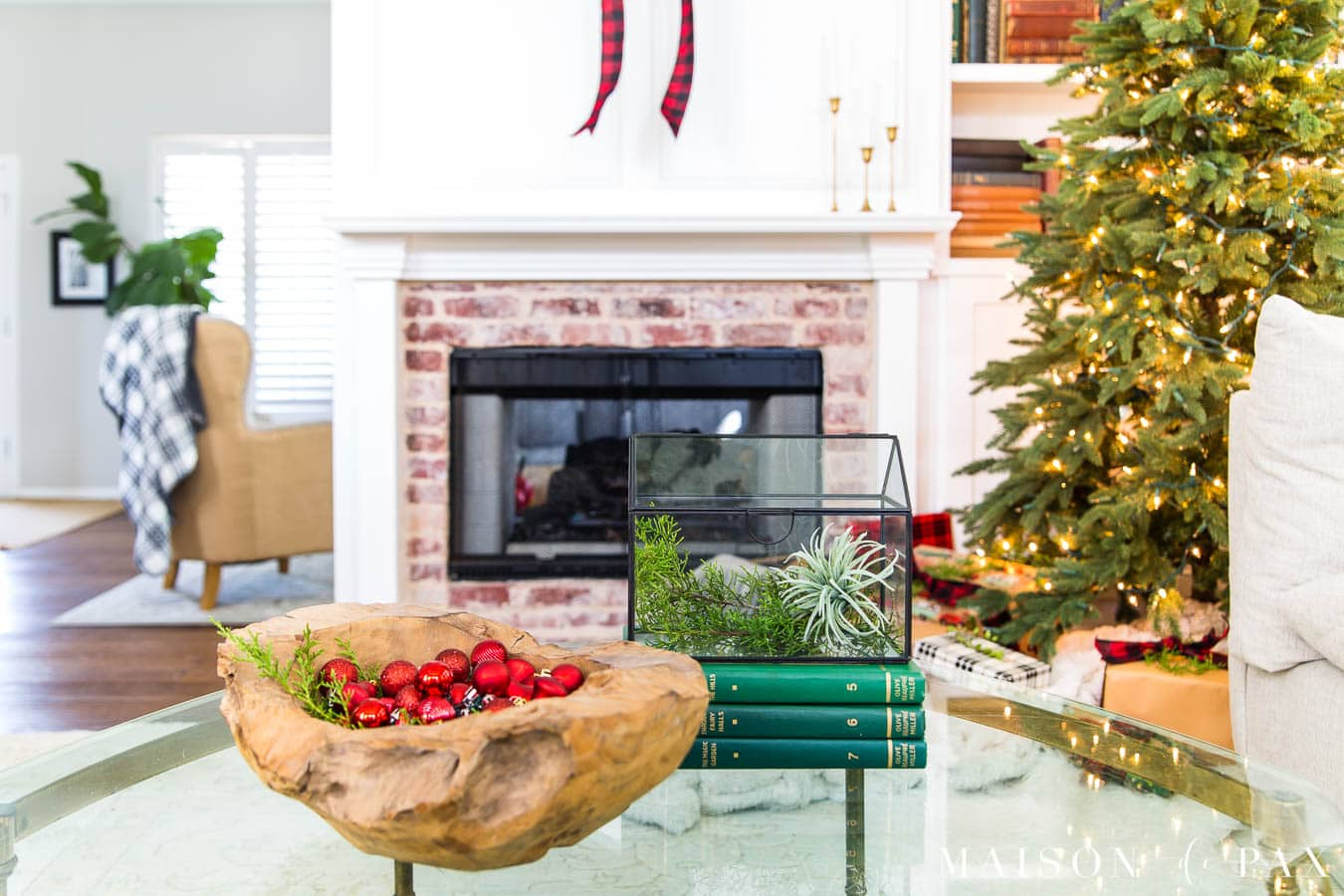 red and black and white plaid with red and green accents in Christmas living room | Maison de Pax