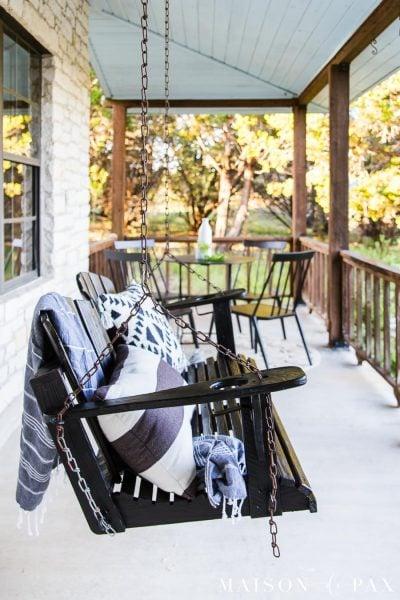 black front porch swing makeover | Maison de Pax