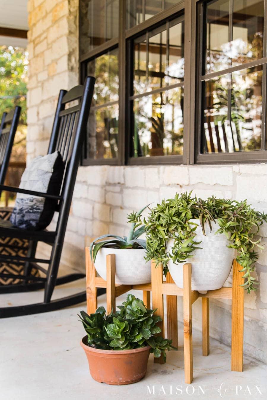 modern farmhouse porch with potted succulents | Maison de Pax