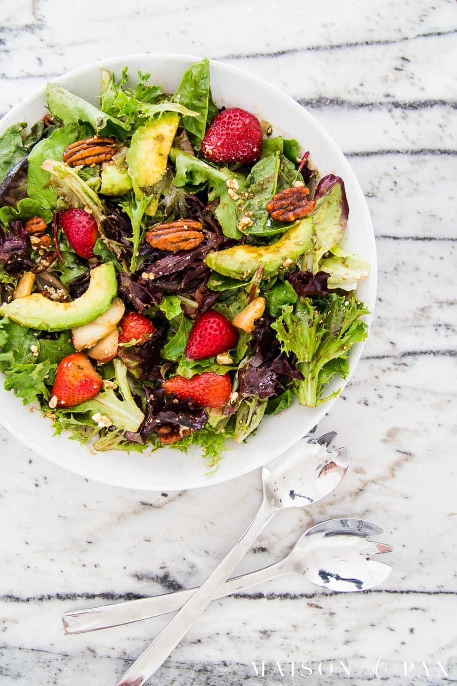 mixed greens with strawberries, avocado, and more | Maison de Pax