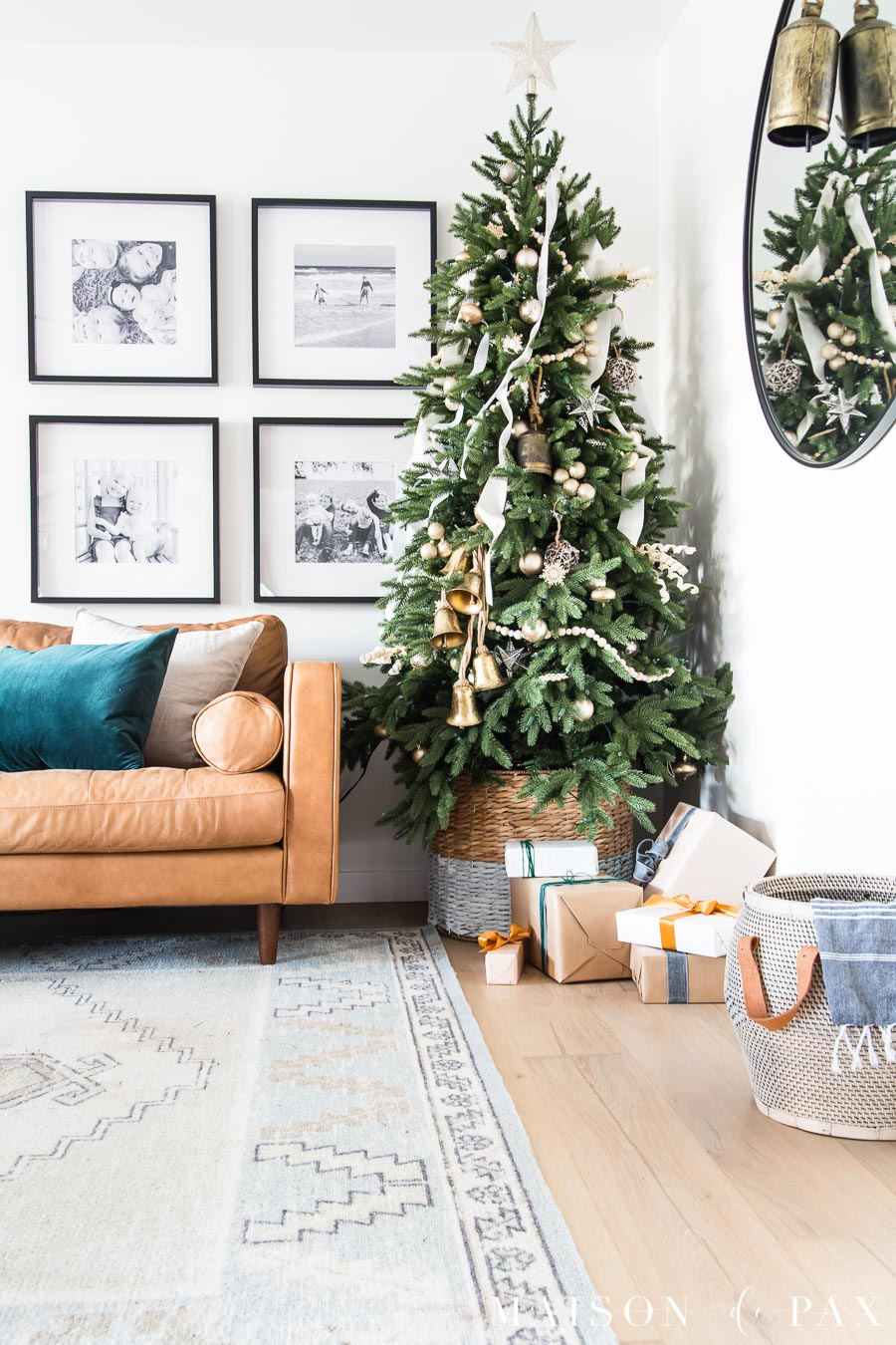 beautifully wrapped presents add to the Christmas decorations | Maison de Pax