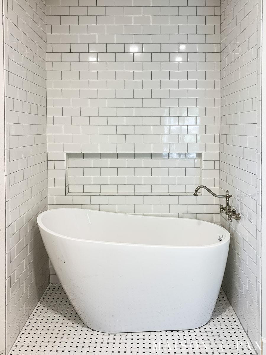 freestanding transitional slipper tub | Maison de Pax