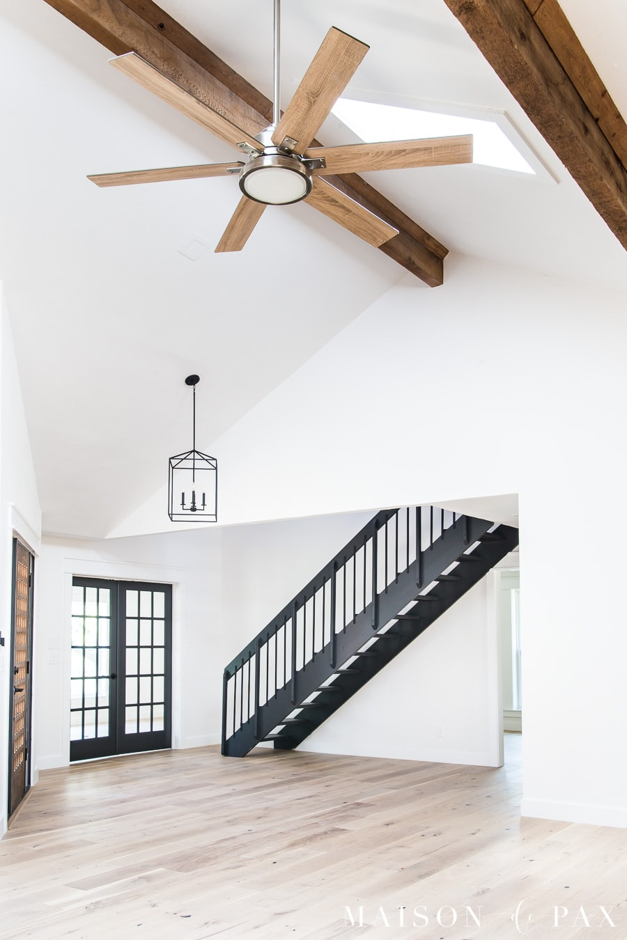stylish ceiling fan for great room