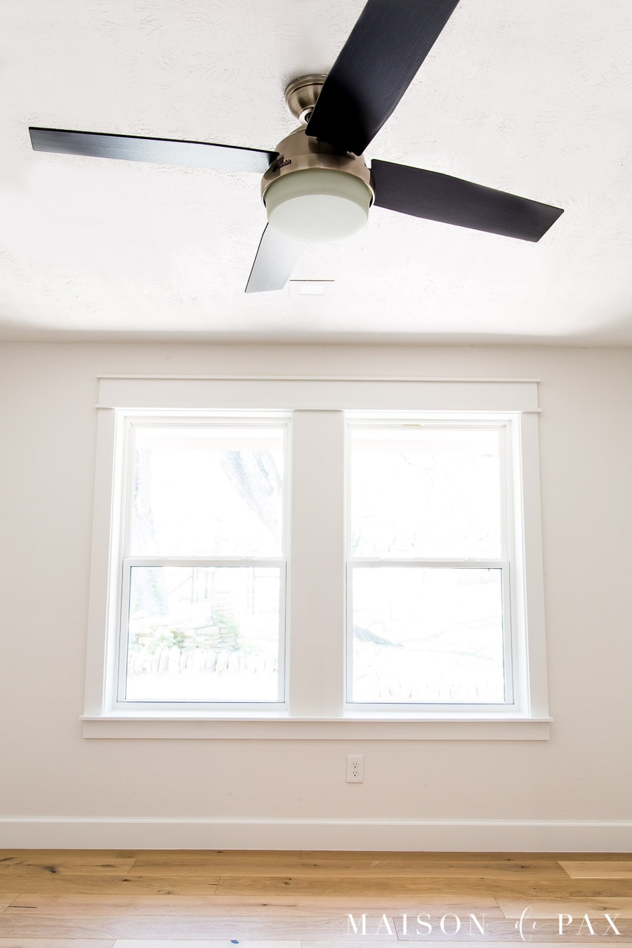 low profile ceiling fan with nickel housing and black blades